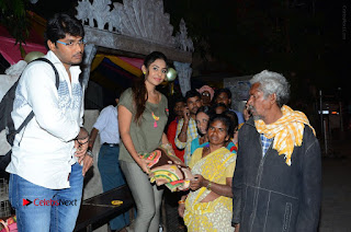 Actress Sri reddy (apthatrust director) Distrubuted Blankets for Orphans at Sai Baba Temple  0030.JPG