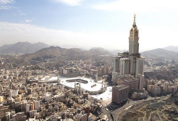 10 bangunan tertinggi dunia tujuan wisata admin