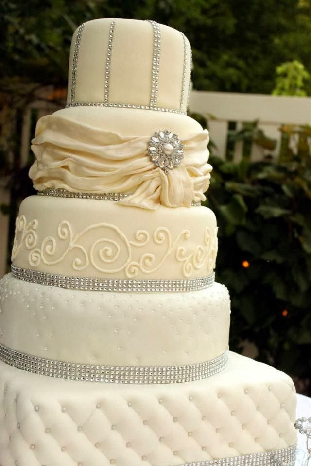 Layers Of Love Elegant Rhinestone Wedding Cake