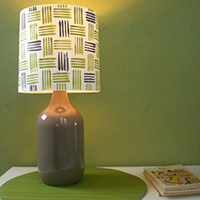 http://www.ohohblog.com/2012/09/diy-lamp-with-bottle-tutorial.html