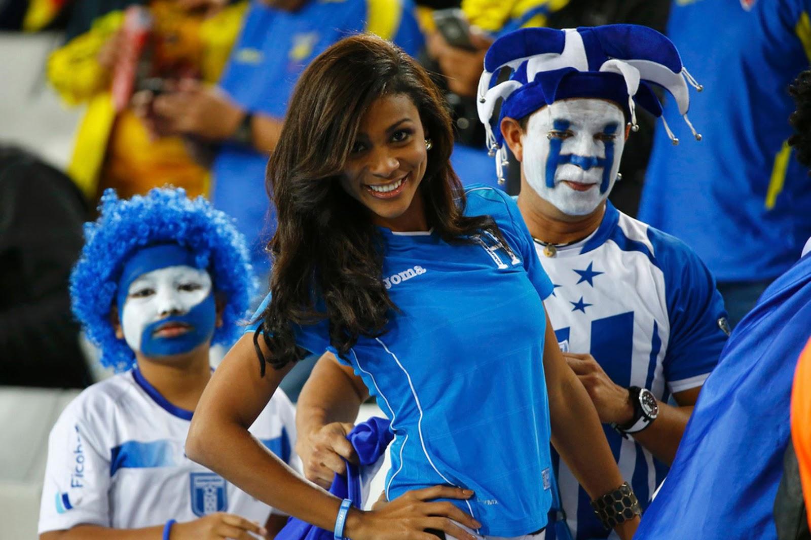 suporter sepak bola wanita seksi jepang