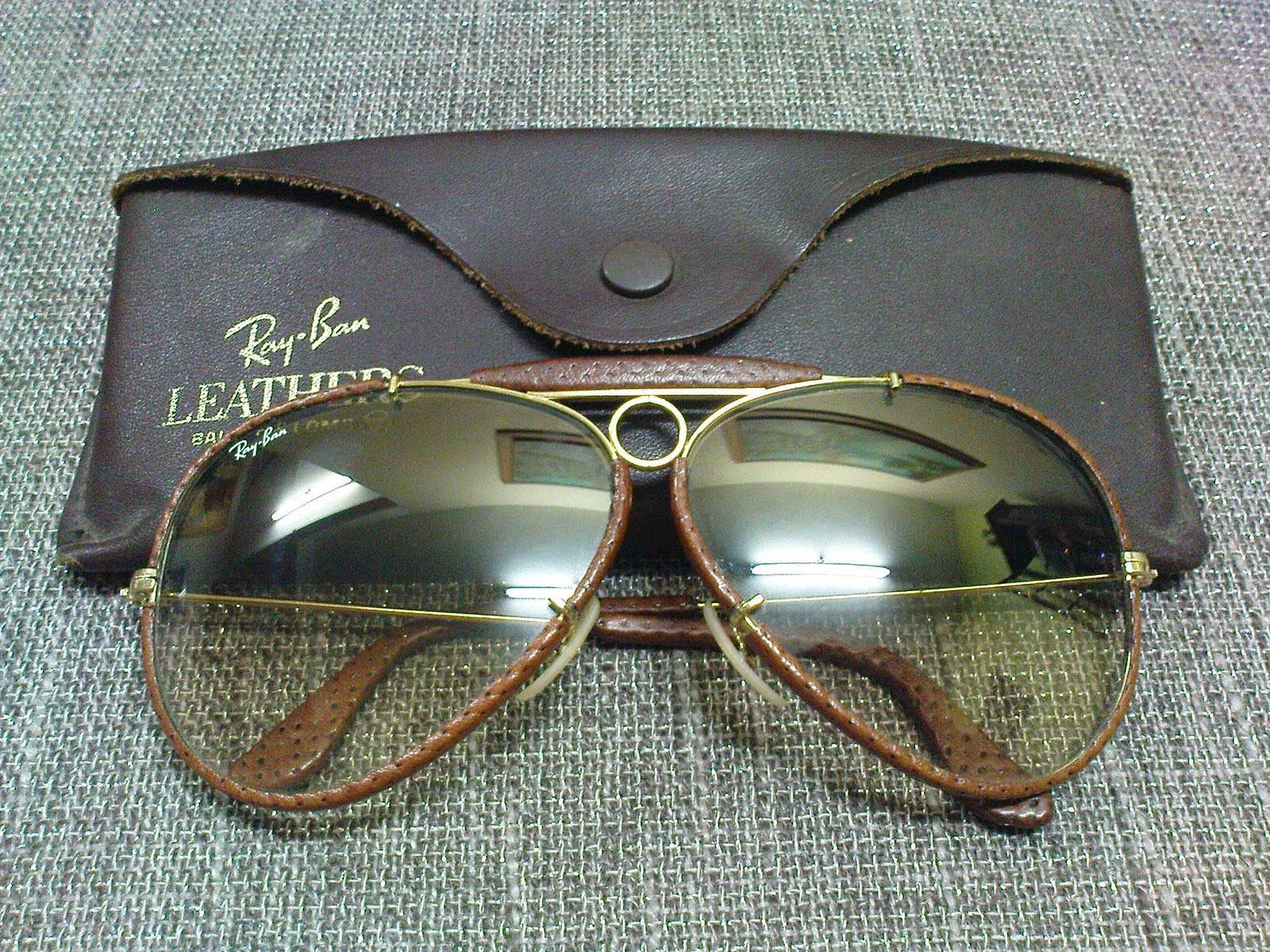 9c68061860 Ray Ban Shooter Leather Bausch « Heritage Malta