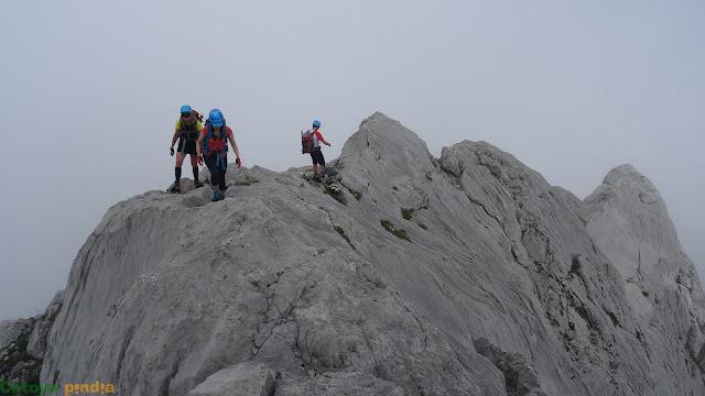 Aristeando para alcanzar la cumbre del Tercer Poyón