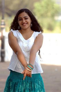 Nithya Menon Hot Photos Actress Nithya Menon Hd Images Nithya Menon Hot Pics Nithya Menon Hd Wallpapers South Indian Actress Sexy Half Saree Photos