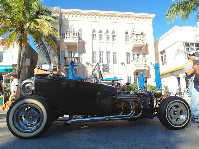 Art Deco i Miami Beach - veteranbilar