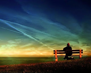 "Puisi ku harus melupakanmu  Mari kita lupakan Semua ikatan yg pernah terjalin indah Melodi"" tawa itu hendak pupuskan saja Menjadi kabut yg samarkan cerita  Ya Aku ingin lupakanmu Semua tentang dirimu yg tak kupercaya harus kulupa Aku ingin menjauhimu Dari hati hingga ragamu yg tak kusangka harus kutinggalkan  Maaf... Aku tak mampu ungkap semua Hingga hatiku hancur berserakan entah kemana Aku gundah melihatmu Aku merindumu Namun ku harus lupakanmu  Sedang berikan satu alasan saja aku tak kuasa Hingga tanyamu menyerbu setiap masa Entah harus bagaimana kuceritakan Segala alasan bodoh yg tak masuk dalam pikiran Kuanggap semua ini hanya kesumbangan Sebuah nada yg mengalun tanpa melodi.   sumber :https://www.facebook.com/pages/Puisi-ungkapan-hati/132092620150424?fref=ts"