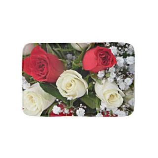 Red and pink roses bath mat