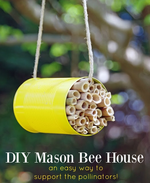 Recycle can craft idea- how to make a mason bee house.