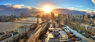 Pour votre voyage Rotterdam, comparez et trouvez un hôtel au meilleur prix.  Le Comparateur d'hôtel regroupe tous les hotels Rotterdam et vous présente une vue synthétique de l'ensemble des chambres d'hotels disponibles. Pensez à utiliser les filtres disponibles pour la recherche de votre hébergement séjour Rotterdam sur Comparateur d'hôtel, cela vous permettra de connaitre instantanément la catégorie et les services de l'hôtel (internet, piscine, air conditionné, restaurant...)