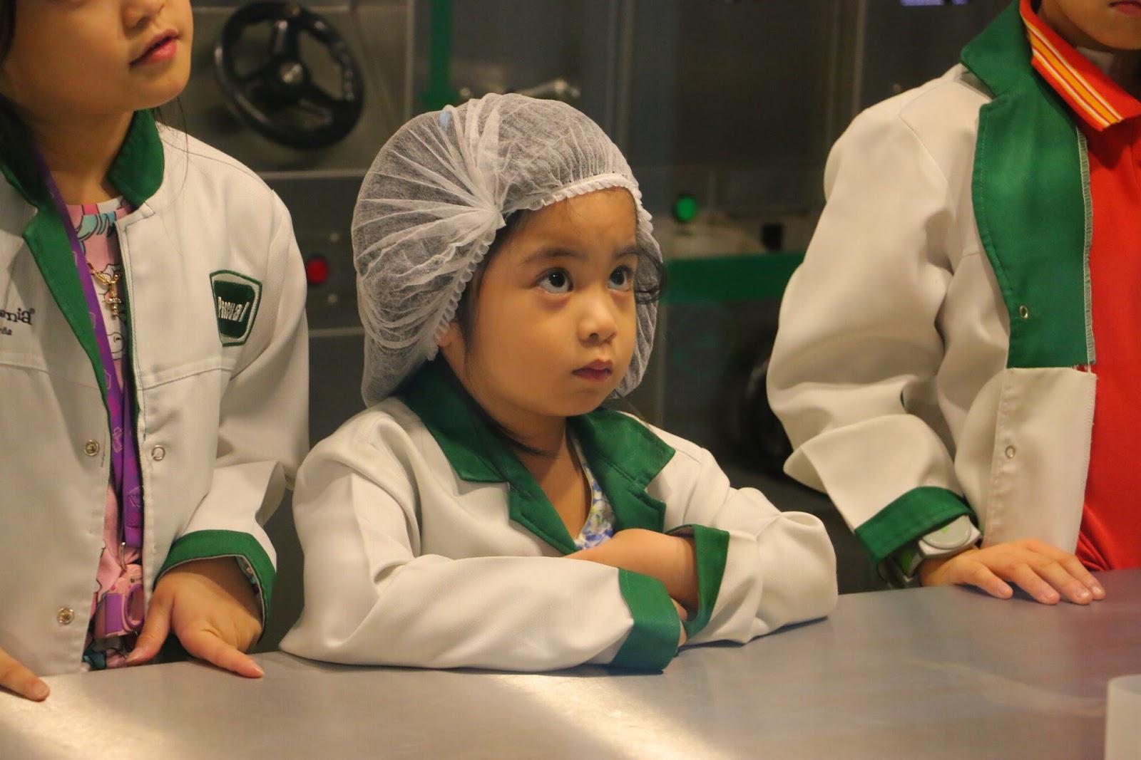 Chloe at Pascual Lab