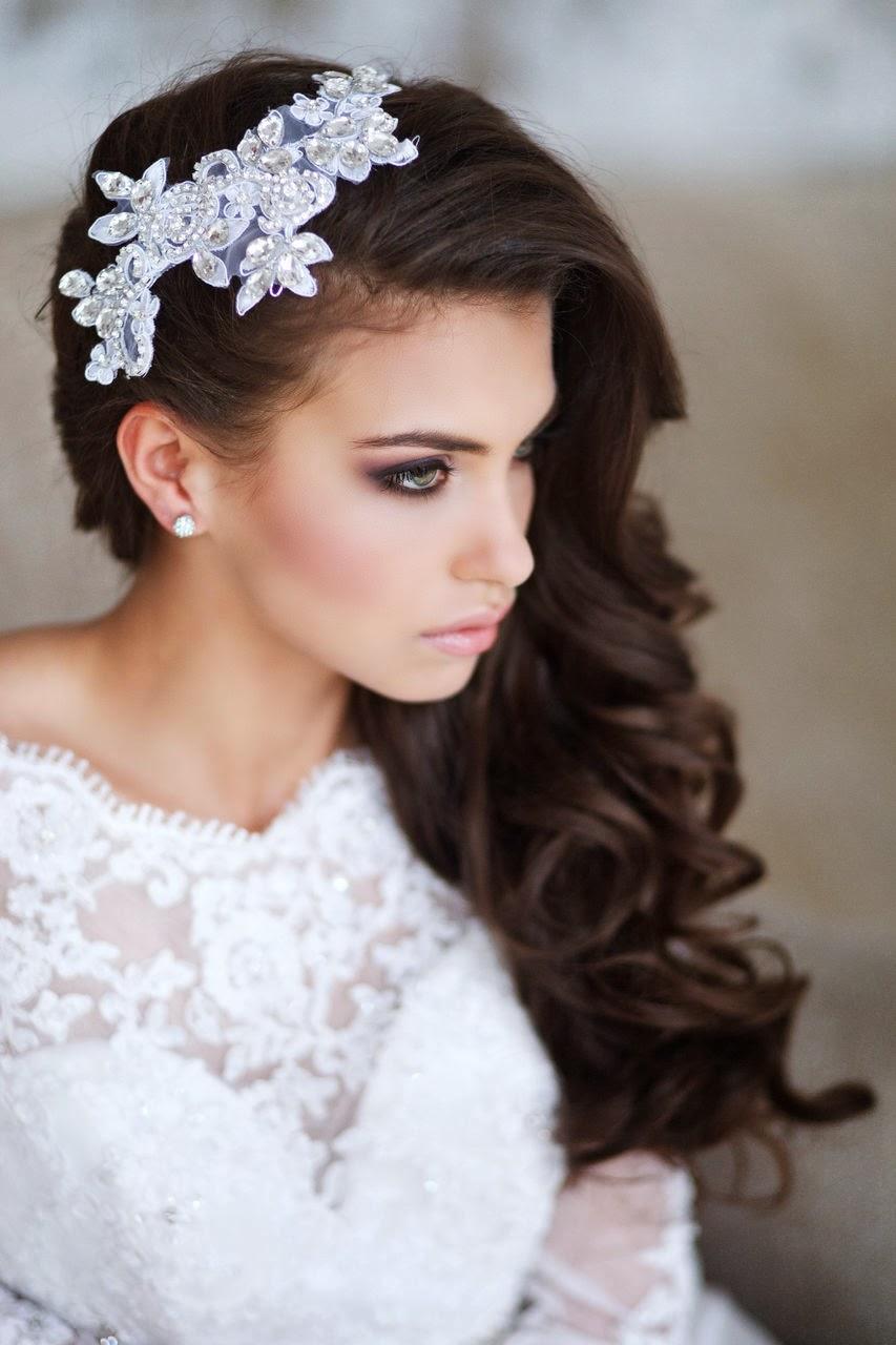 id es de coiffures de mariage pour cheveux bruns tout pour mon mariage. Black Bedroom Furniture Sets. Home Design Ideas