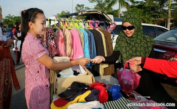 Jualan Amal Al-Waasi' @ Car Boot Sale Puncak Jalil.