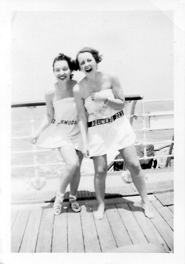 48 Cool Snaps of Teenage Girls in the 1930s ~ vintage everyday