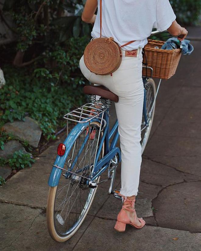 circle round bag purse affordable cheap preppy prep blogger southern south