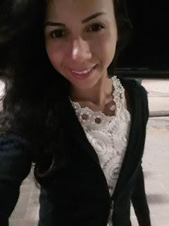 Rejane Santos sorrindo