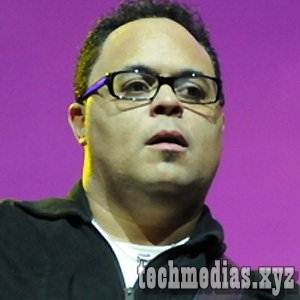 Israel Houghton Biography