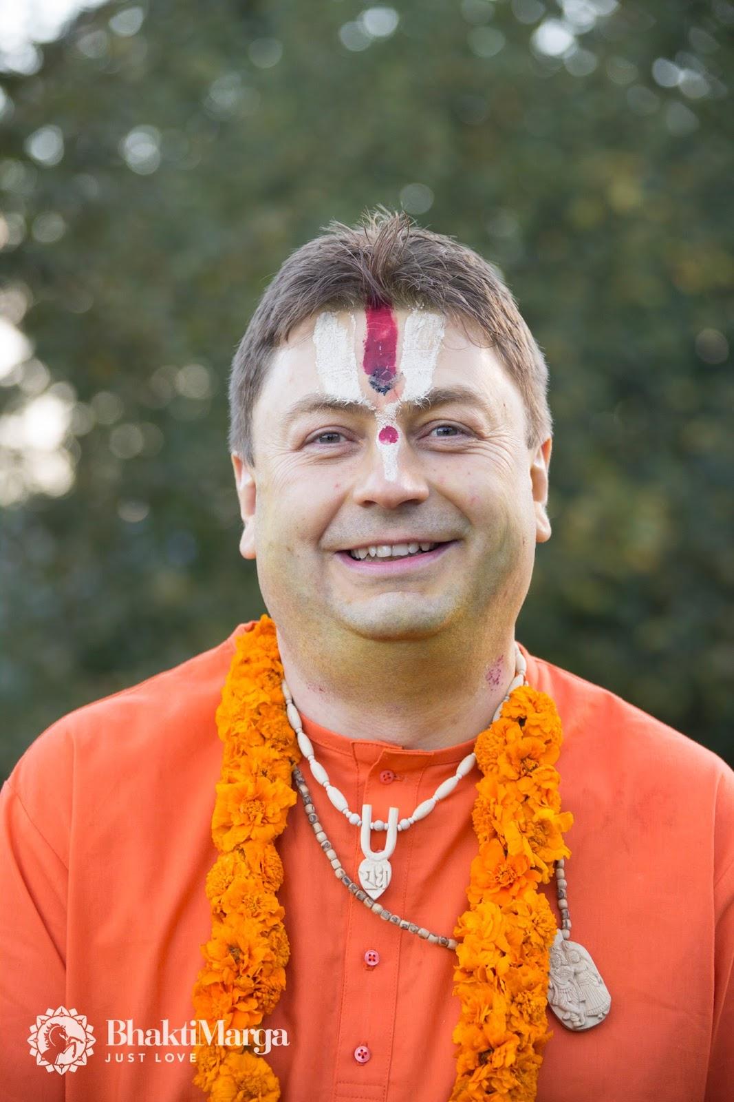 Paramahamsa Sri Swami Vishwananda / Bhakti Marga: The New