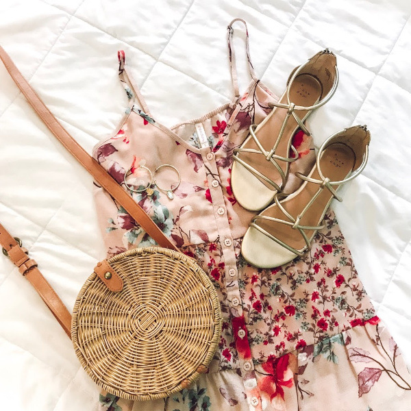 style on a budget, north carolina blogger, mom life, what to wear for spring, spring outfits