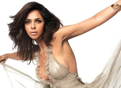 Mallika Sherawat Hot Cleavage Photo