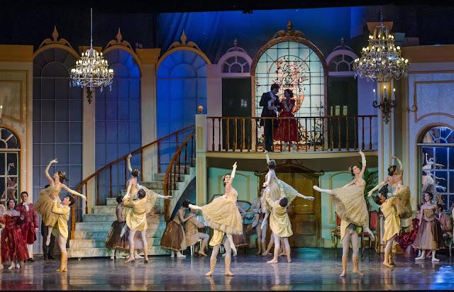 """El Ballet Nacional Danza presenta """"LA TRAVIATA"""" en el Teatro Coliseo"""