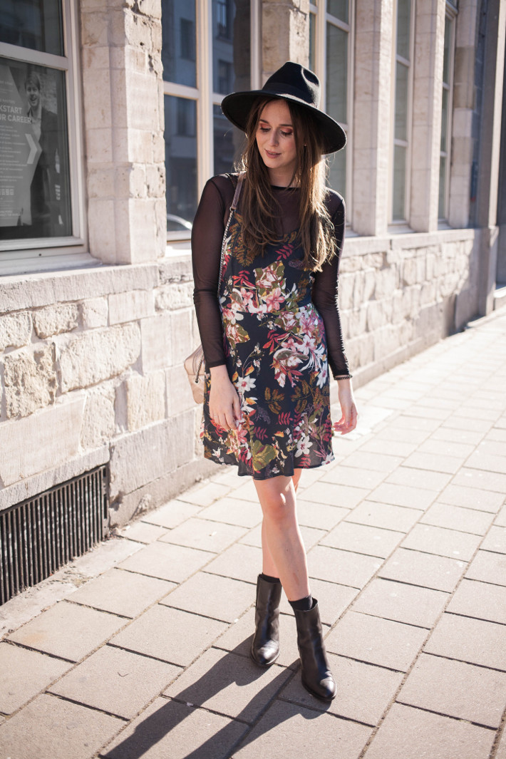 Outfit: witchy in floral slip dress over mesh shirt