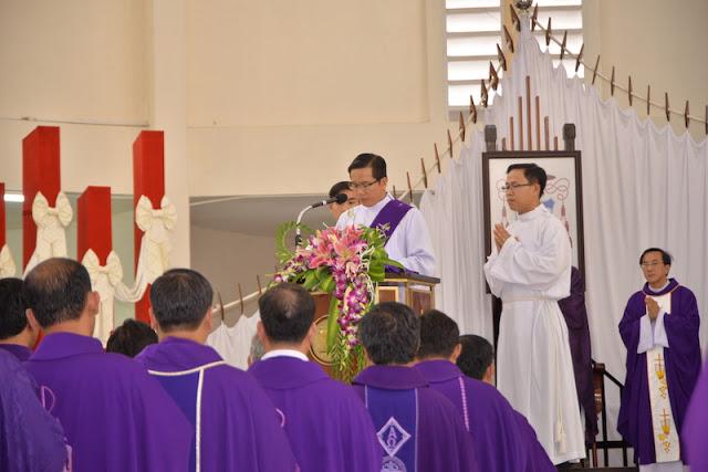 Thánh Lễ an táng Cha Phêrô Bùi Thanh Xuân - Gp Vĩnh Long - Ảnh minh hoạ 6