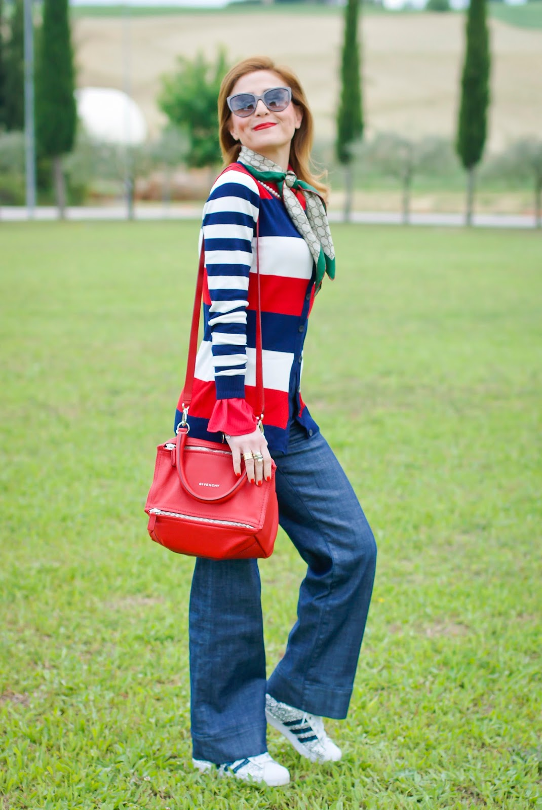 Casual preppy style on Fashion and Cookies fashion blog, fashion blogger