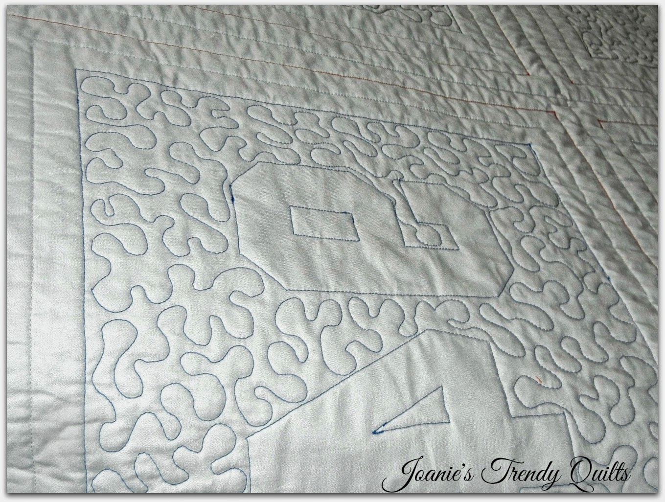 Joanie's Trendy Quilts : Celebrating Another Finish ~ A Real