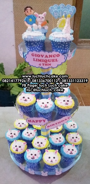 Cupcake Tier Tingkat Ulang Tahun Tema Kelinci