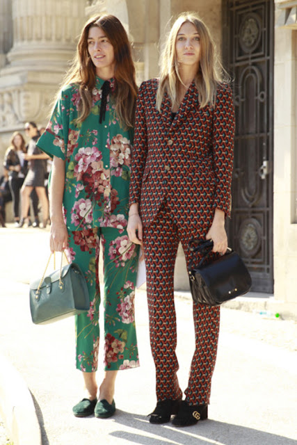 floral print pants and top street style