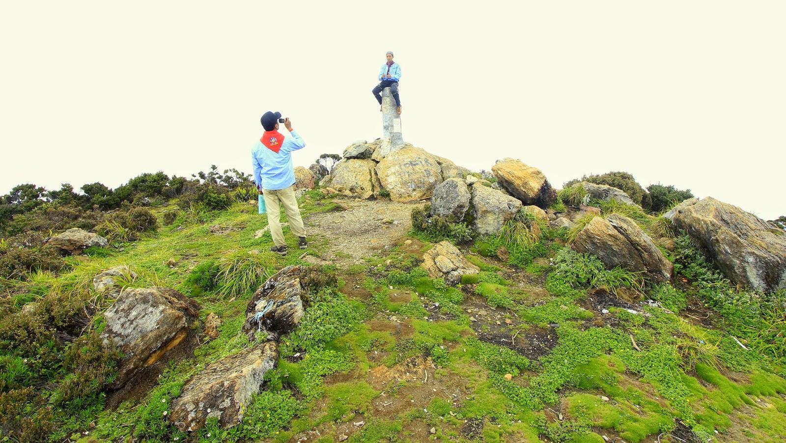 Puncak Rante Mario (3.478 mdpl), Pegunungan Latimojong