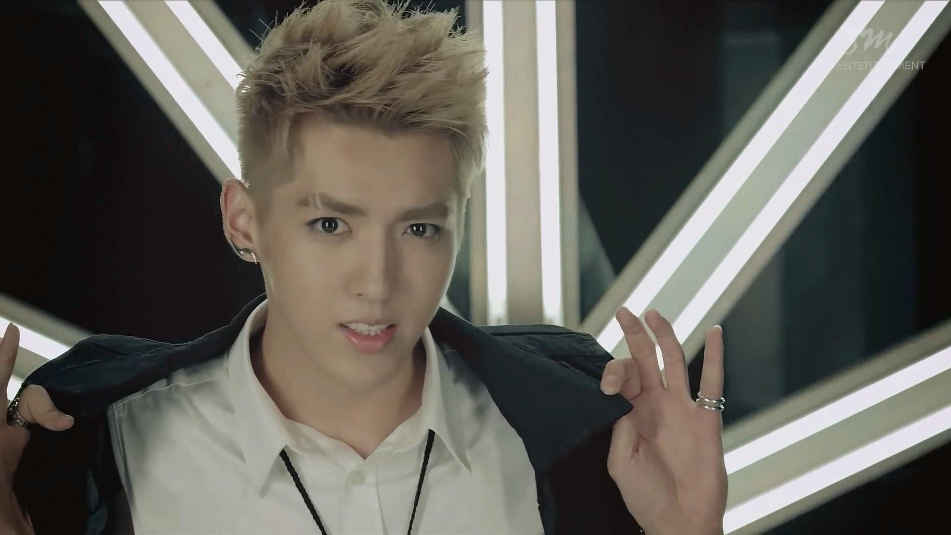 EXO: Growl MV και who-is-who | I say myeolchi // k-pop in ...Kris Growl Era