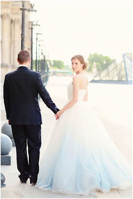 Dip die wedding dress