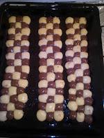 كروكي بشكل طولي,الكروكي الجزائري, كروكي الطبقات,كروكي بجوز الهند ,حلوى الكروكي ,الكروكي الدائري, كروكي بشكل المقروض ,  كروكي حلزوني,كروكي الشطرنج