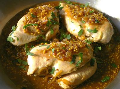 kurczak w sosie z miodu, piwa i musztardy