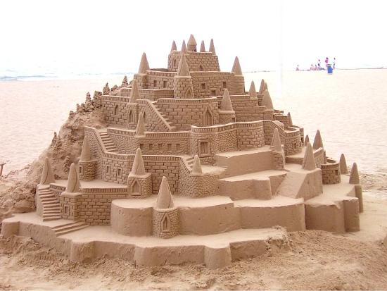 Un super castel facut din nisip
