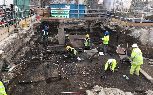 'Graffiti' among treasure trove of Viking artefacts found on Dublin building site
