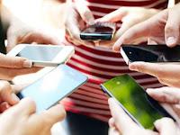 Bahaya Mengancam, Waspada Efek Buruk Menggunakan Smartphone