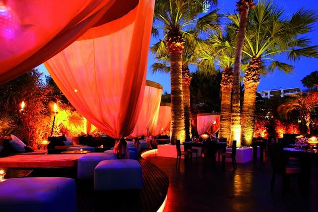 Noite nos bares em Nice