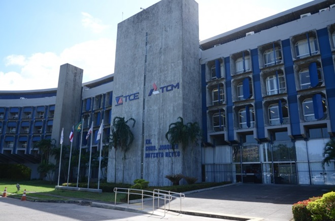 TCM rejeita contas de 09 Prefeituras da Bahia