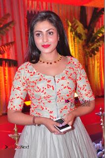 Actress Madhu Shalini Exclusive Stills in Party Dress at Vijay Karan Aashna Wedding  0018.JPG