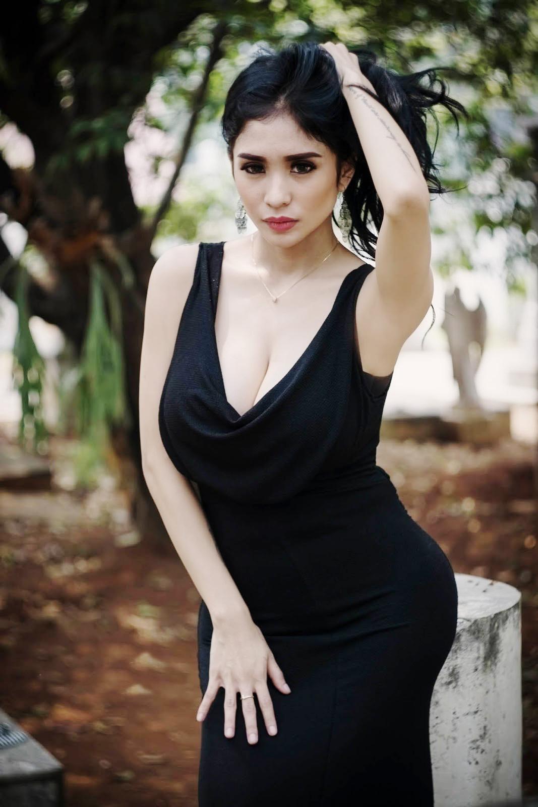 Foto Terbaru Artis pemain FTV Cewek IGO peremupan Cantik Bibie Julius Aka Nadia Ervina collection Fotografi hunting