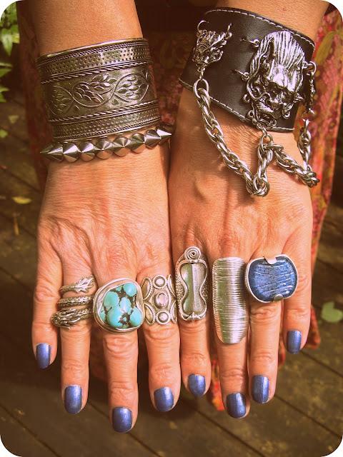 Vintage Vixen: Blogger Love