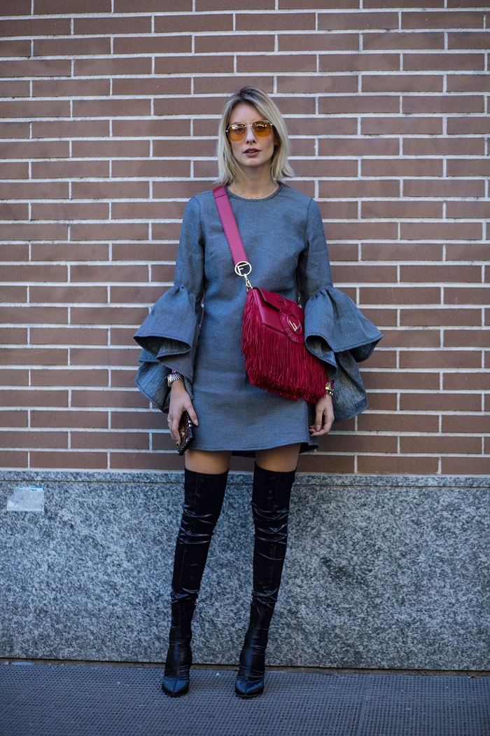 How to Style Crossbody Bags into your Outfit