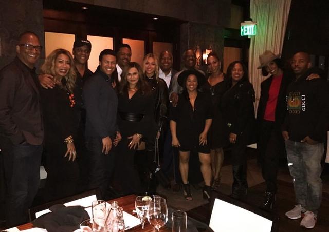 先週末、義理の父リチャード・ローソン(Richard Lawson)の誕生日パーティーへ出席したビヨンセ・ノウルズ(Beyonce Knowles)。