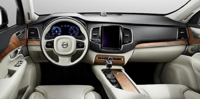 2017 Volvo XC70 Interior