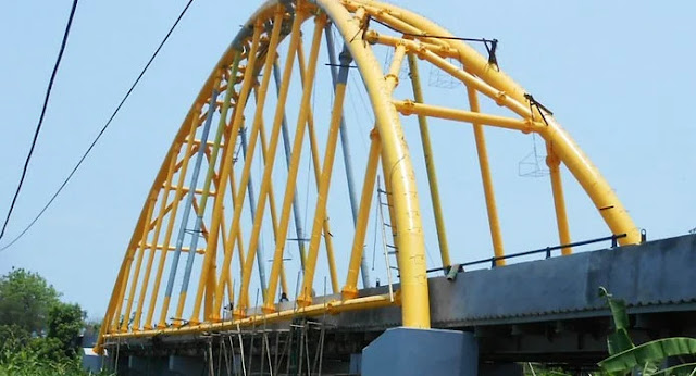 Wisata jembatan terusan Indramayu