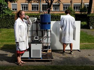 Cientistas belgas criam máquina que converte urina em água potável