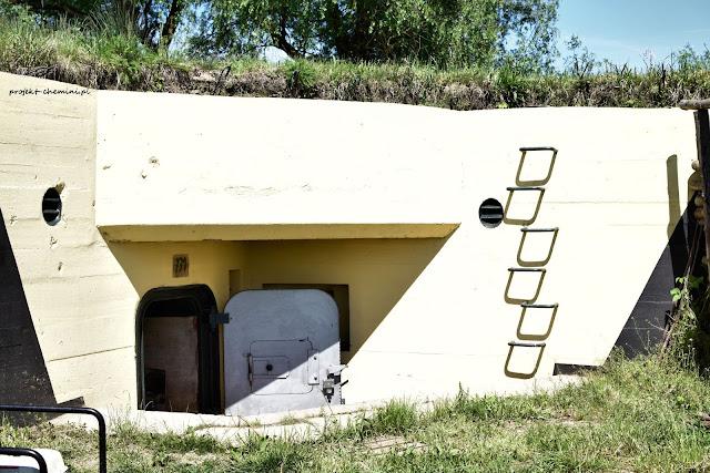 Obiekt 771, wejście i farbomaskowanie