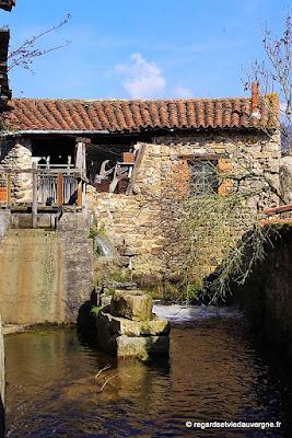 Sauxillanges , ancien moulin
